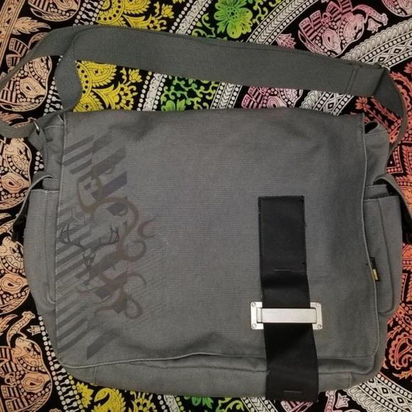 Case Logic Other - Case Logic Laptop Bag for Men or Women